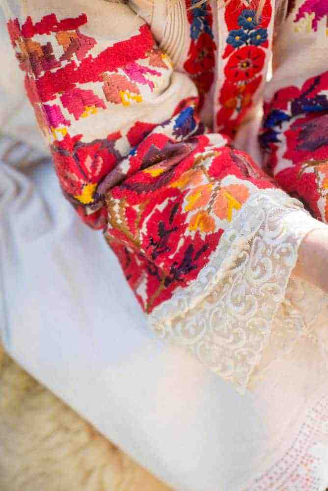 floral embroidery with lace cuff