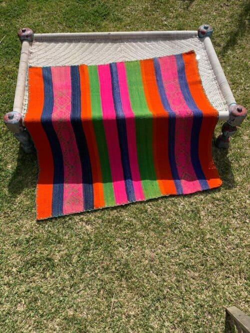 striped frazada
