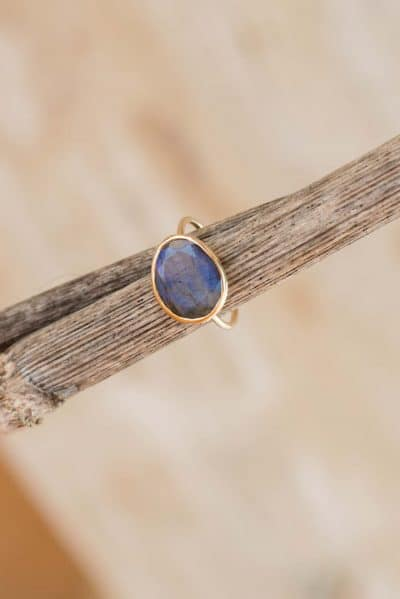 labradorite ring with gold wire band