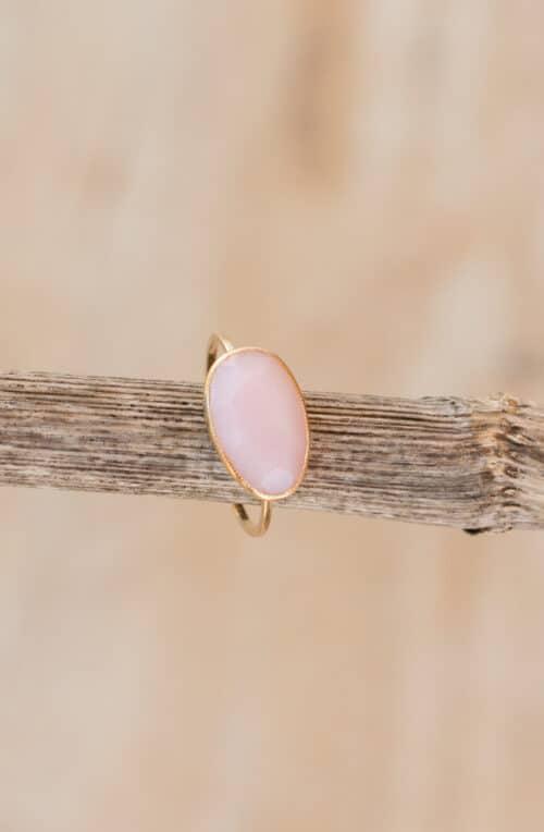 rose quartz gold wire ring