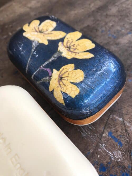 decoupage soap with flowers