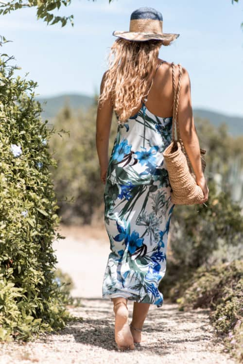 w slip dress in white and blue